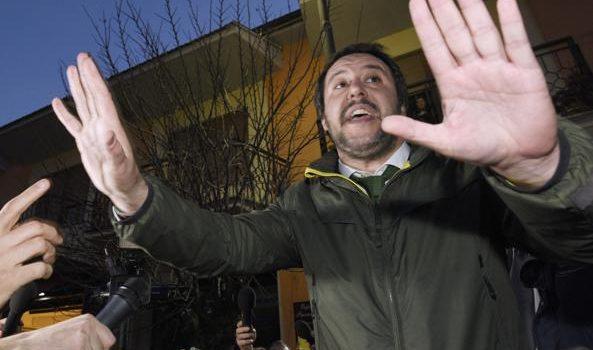 Nuovo governo, Salvini e gli sms con Di Maio: «Non tiro a campare, meglio votare»