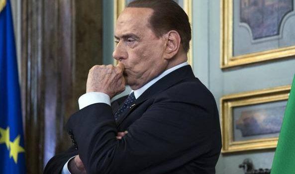 Berlusconi: «Che facciano, se ne sono capaci». I tormenti del leader di FI