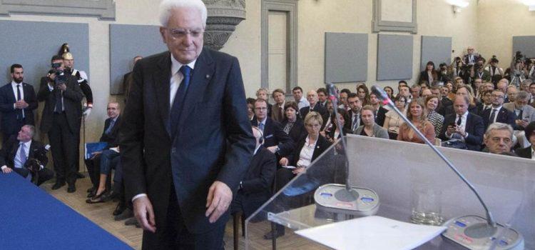 Mattarella dà più tempo ma avrà l'ultima parola su Ue, alleanze e squadra