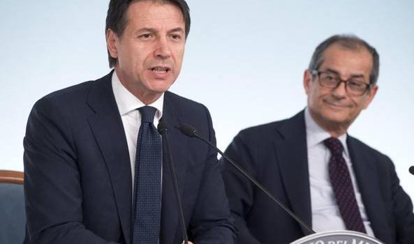 Manovra, addio al bonus Renzi di 80 euro. I fondi dirottati sulla flat tax